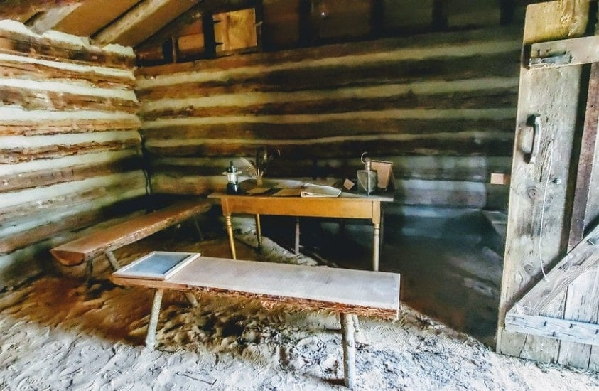 Oldest Schoolhouse in North Carolina inside room