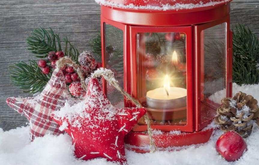 9 Fun Family Christmas Traditions To Start Right Now!