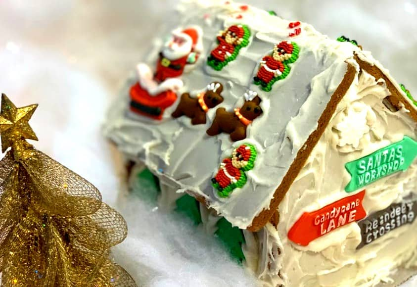 DecorateGingerbread House Tradition