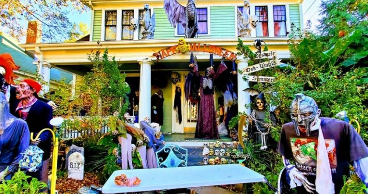 Raleigh's Historic Oakwood Neighborhood At Halloween – A Photo Tour