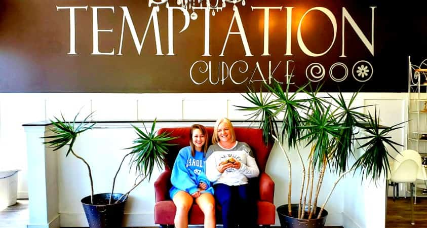 Kassidy and JoAnn at Temptation Cupcakes in Cache Valley, Utah