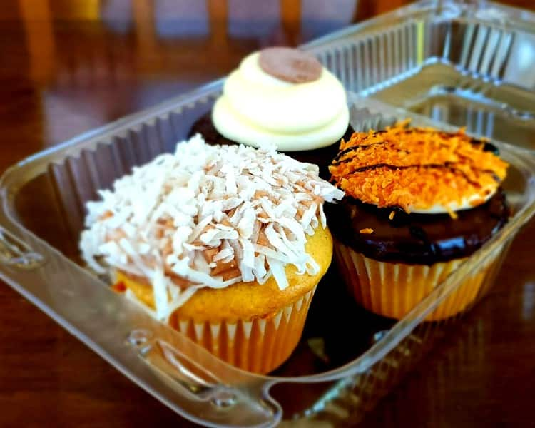 Cupcakes from Temptation Cupcakes in Cache Valley, Utah