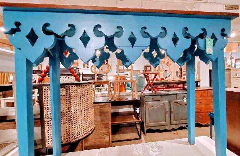 Nadeau Raleigh furniture shop